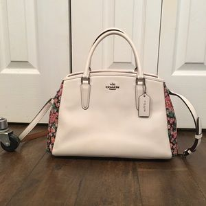{COACH} White and floral handbag w/ shoulder strap